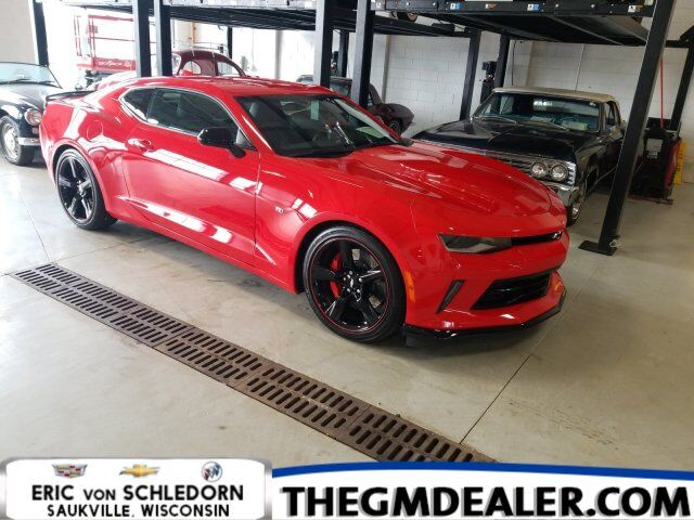 2018 Chevrolet Camaro 2LT RS Coupe Automatic w/BlackWheels BlackExteriorAppearancePkg BlackBowties HtdCldMemLeather Milwaukee WI