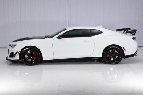 Chevrolet Camaro ZL1 1LE Extreme Track Performance Package 6MT 2018