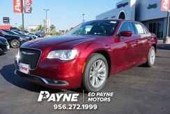 2018_Chrysler_300_Touring L_  TX
