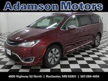 2018_Chrysler_Pacifica_Hybrid Limited_ Rochester MN