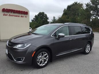 2018_Chrysler_Pacifica_Limited_ Cape Girardeau