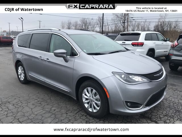 2018 Chrysler Pacifica Touring L Watertown NY
