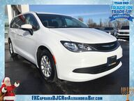 2018 Chrysler Pacifica Touring Watertown NY
