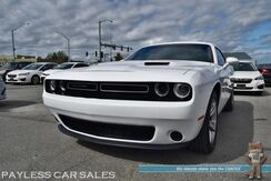 2018_Dodge_Challenger_SXT / Automatic / Power Driver's Seat / Sunroof / Andriod Auto & Apple CarPlay / Keyless Entry & Start / Back Up Camera / Cruise Control / Rear Spoiler / Projector Headlights / Aluminum Wheels / 1-Owner_ Anchorage AK