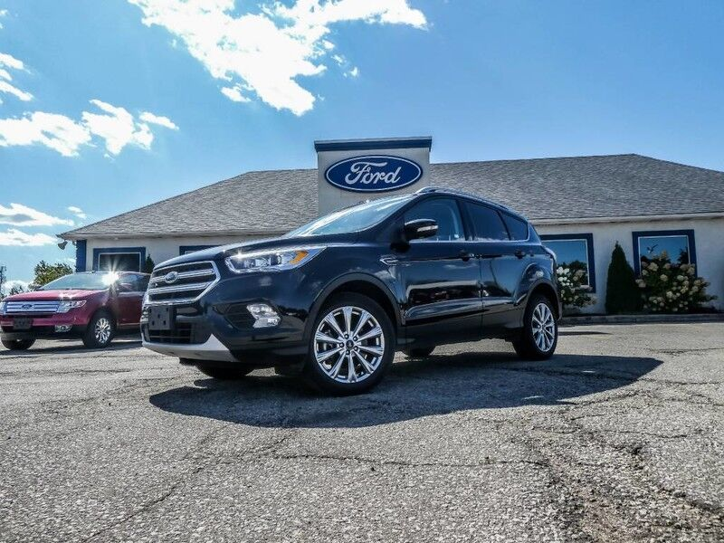 2018 Ford Escape Titanium- 4X4- PANORAMIC SUNROOF- NAVIGATION- LOADED