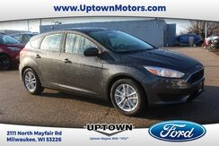 2018_Ford_Focus Hatchback_SE_ Milwaukee and Slinger WI