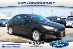 2018_Ford_Focus Sedan_SE_ Milwaukee and Slinger WI