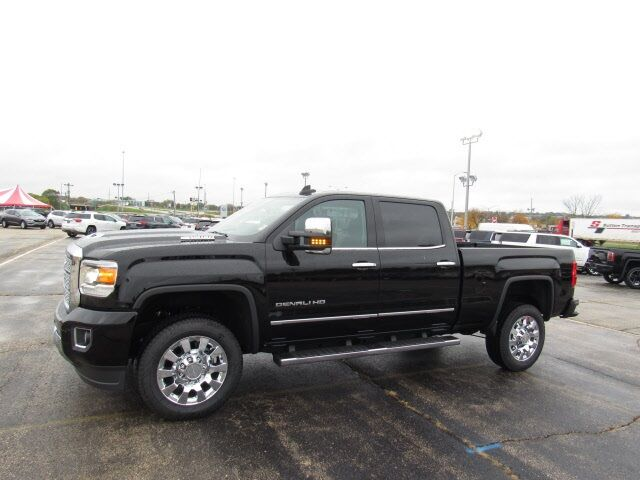 2018 GMC Sierra 2500HD Denali Milwaukee WI