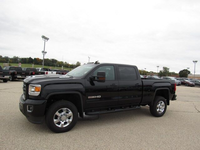 2018 GMC Sierra 2500HD SLT Milwaukee WI