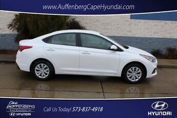 2018_Hyundai_Accent 4-Door_SE_ Cape Girardeau