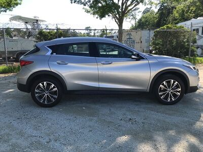 2018_INFINITI_QX30_Luxury_ Charleston SC