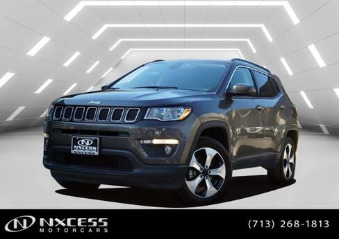 2018 Jeep Compass Latitude 4x4 Only 3k Miles Factory Warranty. Houston TX