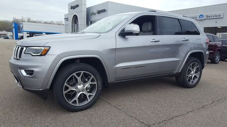 2018_Jeep_Grand Cherokee_Sterling Edition_ Paris TN
