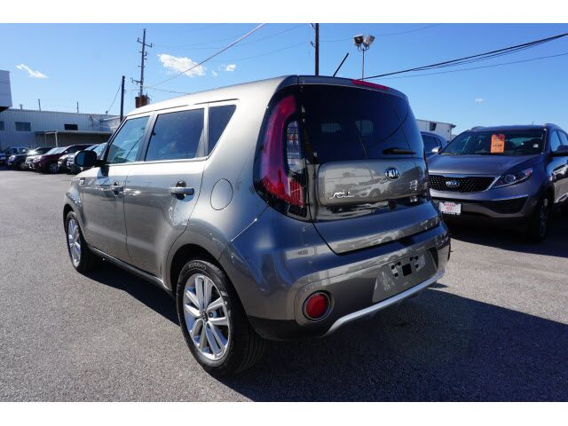 2018 Kia Soul + Houston TX