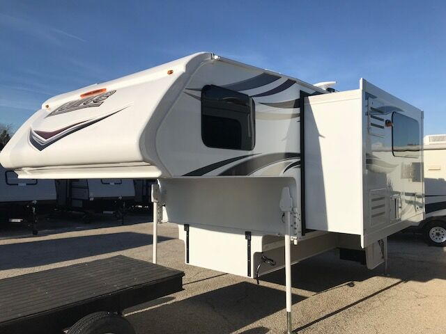 2018 LANCE 975  Fort Worth TX