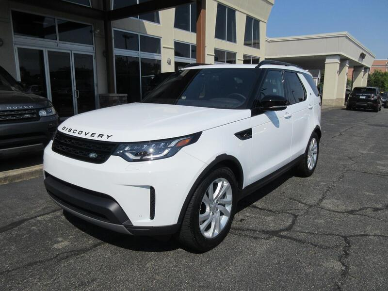 2018_Land Rover_Discovery_HSE_ Warwick RI