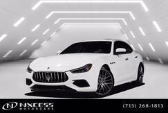 2018_Maserati_Ghibli_S GranSport Blind Spot Navigation Roof Backup Camera_ Houston TX