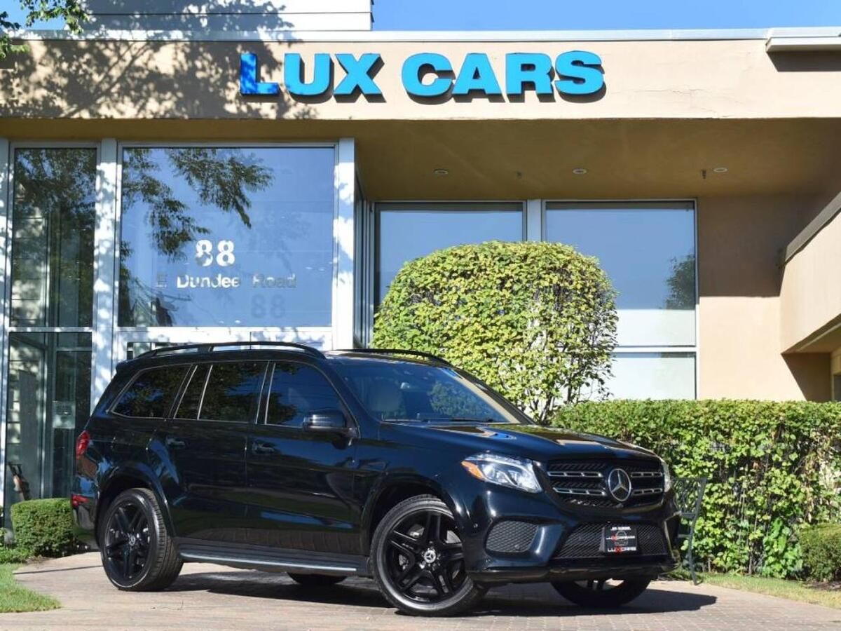 2018_Mercedes-Benz_GLS550_PANOROOF SPORT AMG DESIGNO 4MATIC MSRP $104,805_ Buffalo Grove IL