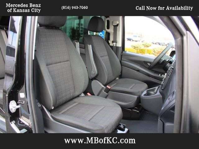 2018 Mercedes-Benz Metris Passenger Van  Kansas City KS