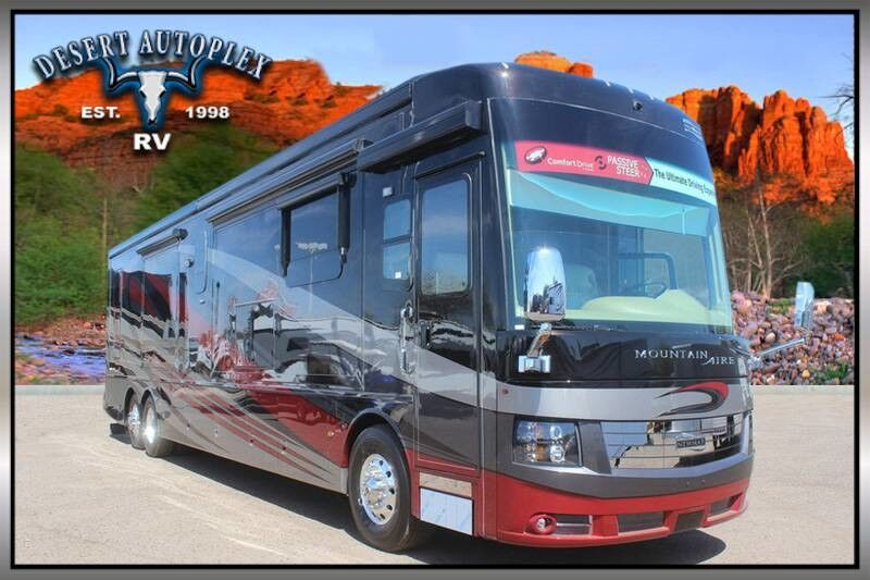 2018 Newmar Mountain Aire 4531 Triple Slide Class A Diesel