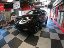 2018_Nissan_Rogue_SL 4dr Crossover_ Chesterfield MI