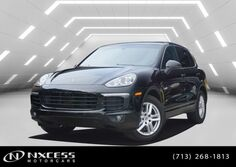 Porsche Cayenne Navigation Roof Bluetooth Factory Warranty.  2018