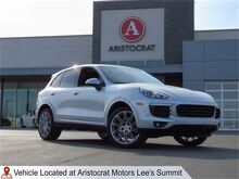 2018_Porsche_Cayenne_Platinum Edition_ Kansas City KS