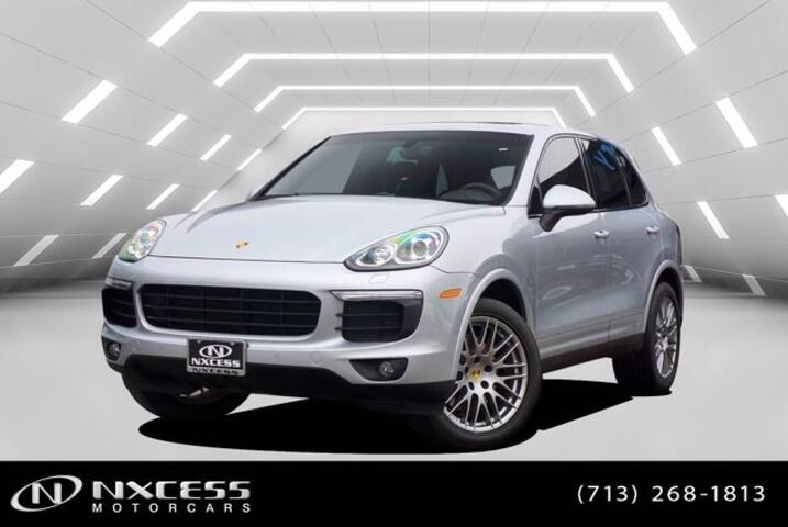 2018 Porsche Cayenne Platinum Edition Panoramic Blind Spot Navigation Warranty. Houston TX