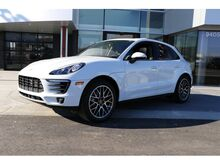 2018_Porsche_Macan__ Kansas City KS