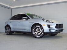 2018_Porsche_Macan_Sport Edition_ Kansas City KS