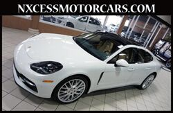 2018_Porsche_Panamera_PDK PANO-ROOF NAVIGATION VENTILATED SEATS FACTORY WARRANTY._ Houston TX