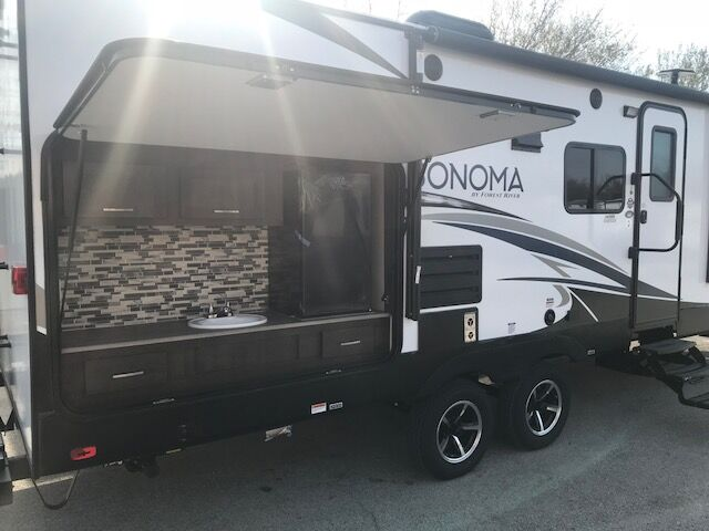 2018 SONOMA 240RBK  Fort Worth TX