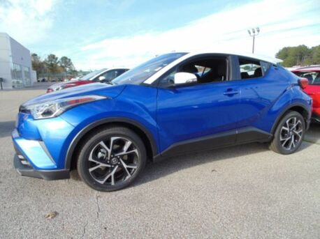 2018_Toyota_C-HR_XLE_ Paris TN
