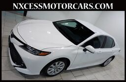 Toyota Camry LE AUTOMATIC XENON ALLOY WHEELS 1-OWNER. 2018