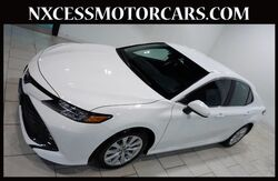 2018_Toyota_Camry_LE XENON ALLOY WHEELS WARRANTY 1-OWNER._ Houston TX