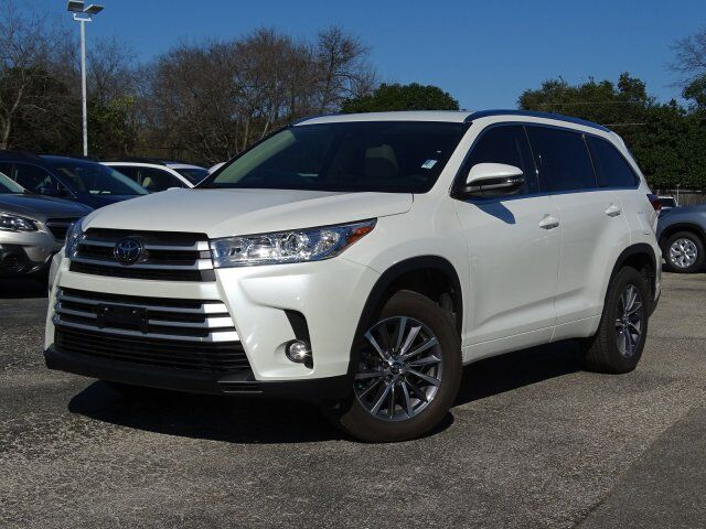 2018 toyota highlander xle san antonio tx 27875371. Black Bedroom Furniture Sets. Home Design Ideas