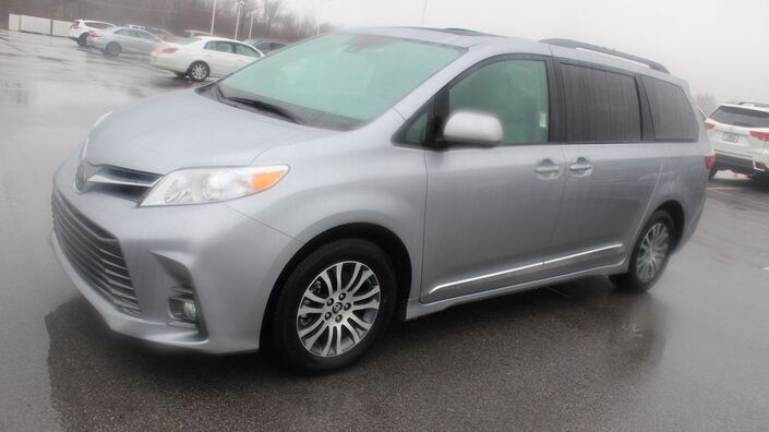 2018 Toyota Sienna XLE Lima OH
