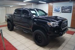 2018_Toyota_Tacoma_DOUBLE CAB LONG BED V6 6AT LIFTED_ Charlotte NC