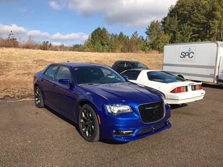 2019_Chrysler_300_S_ Paris TN