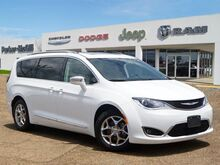 2019_Chrysler_Pacifica_Limited_ West Point MS