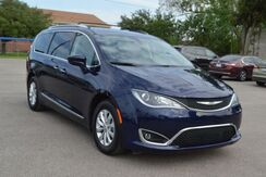 2019_Chrysler_Pacifica_Touring-L_ Houston TX