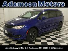2019_Chrysler_Pacifica_Touring L Plus_ Rochester MN