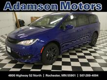 2019_Chrysler_Pacifica_Touring L_ Rochester MN