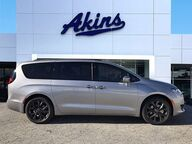 2019 Chrysler Pacifica Touring L Winder GA