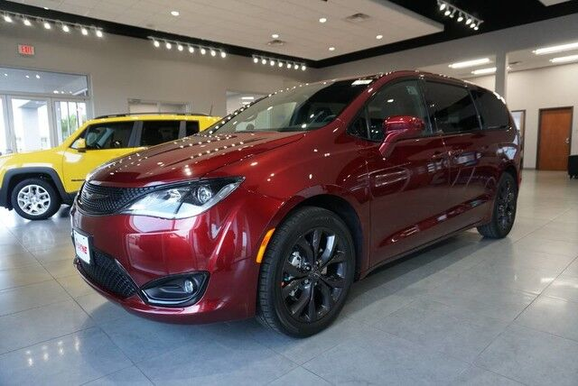 2019 Chrysler Pacifica Touring Plus  TX