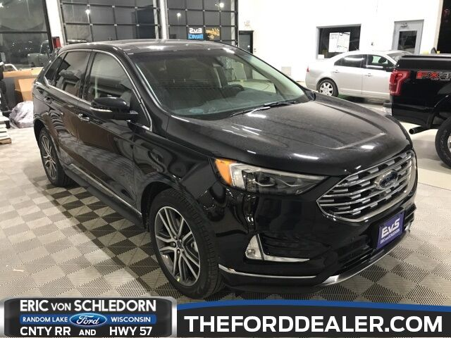 2019 Ford Edge Titanium Milwaukee WI