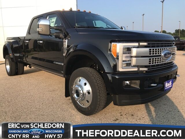 2019 Ford F-450SD Platinum Milwaukee WI