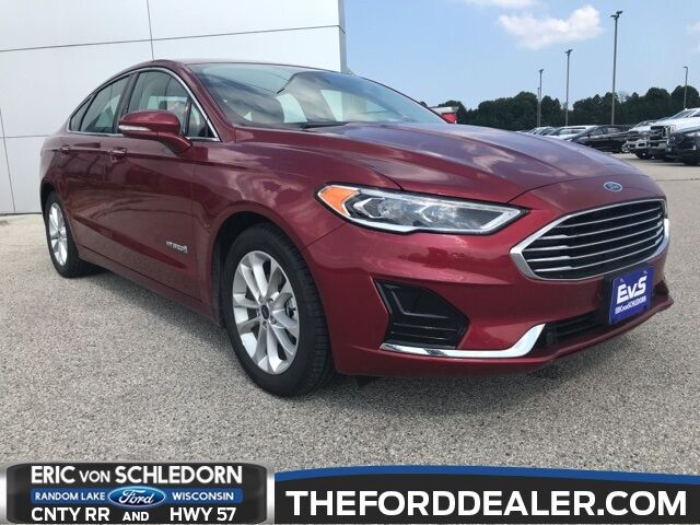 2019 Ford Fusion Hybrid SEL Milwaukee WI