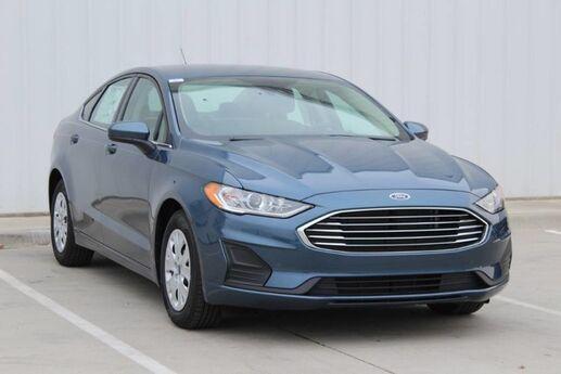 2019 Ford Fusion S  TX