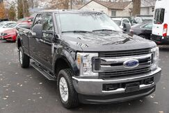 2019_Ford_Super Duty F-250 SRW_XLT 4WD Running Boards Tow Hitch Backup Camera Bed Liner 1 Owner_ Avenel NJ